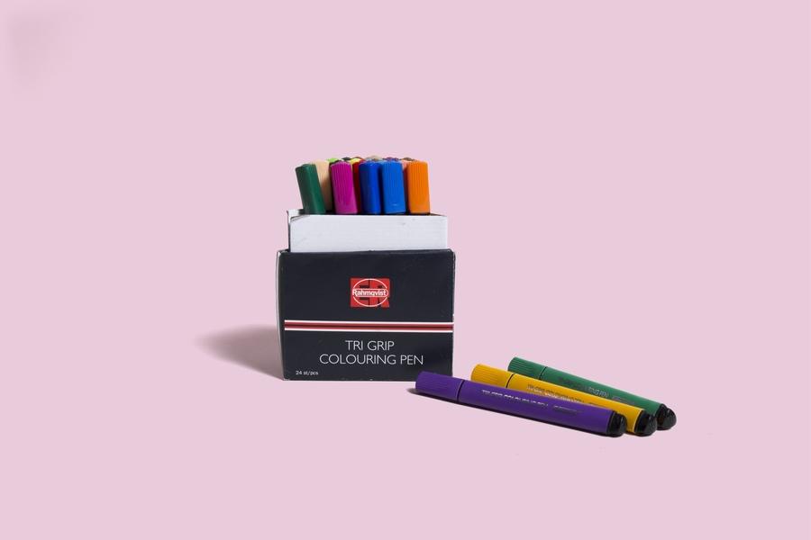 Medium 21977trigripcoloringpencolor36